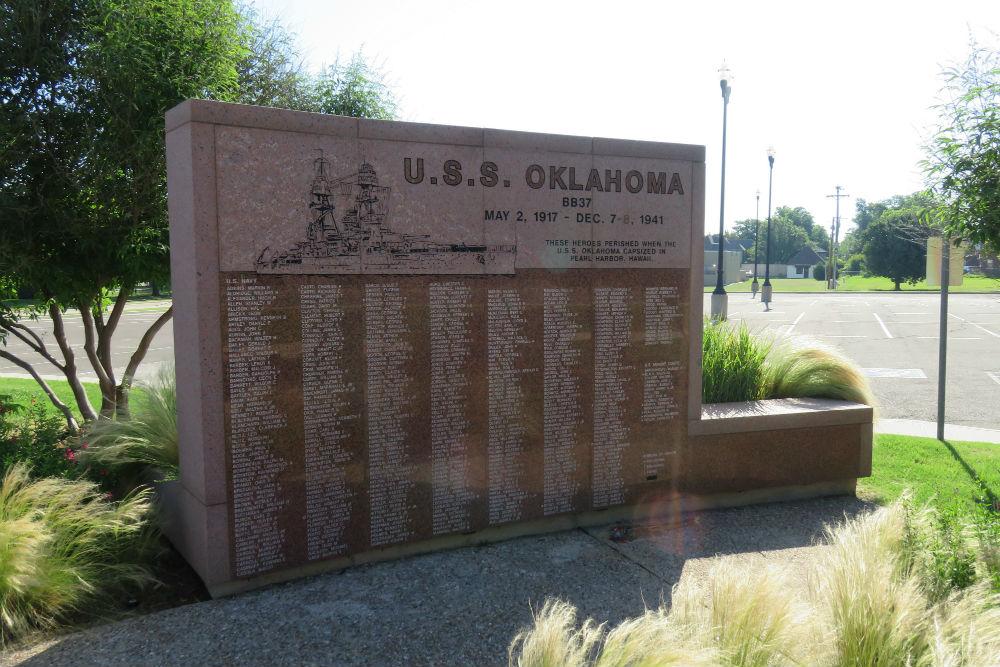 Monument USS Oklahoma
