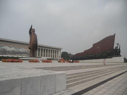 Standbeeld Kim Il-sung