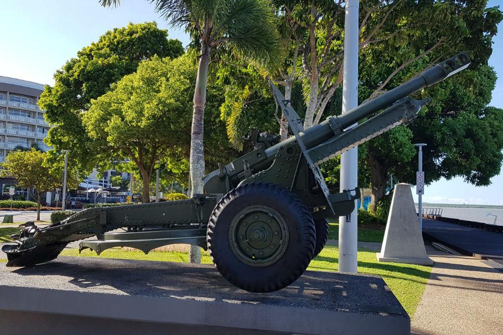 25 Pound Howitzer Cairns