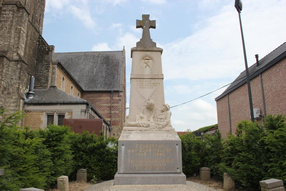 War Memorial Oombergen