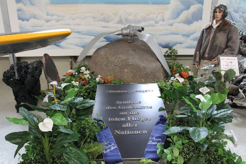 Memorial for killed pilots of all nations