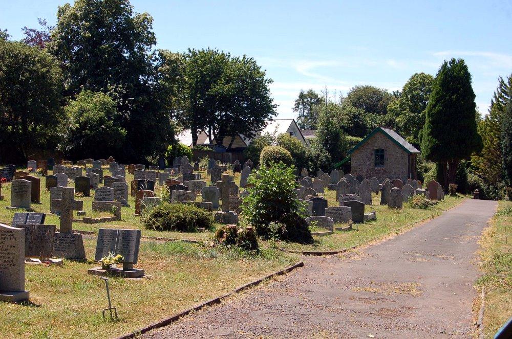 Oorlogsgraven van het Gemenebest North Tawton Cemetery