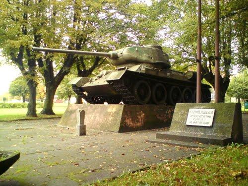 Liberation Memorial (T-34/85 Tank) Sławno