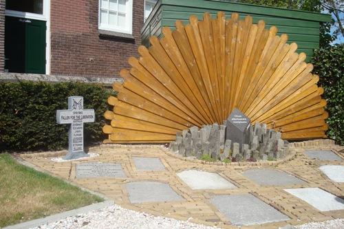 Monument Neergestorte Lancaster Bommenwerper W4960