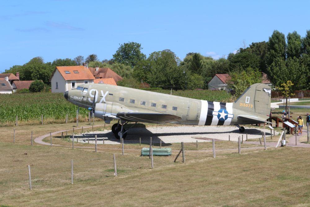 Douglas C-47 Transportvliegtuig Merville