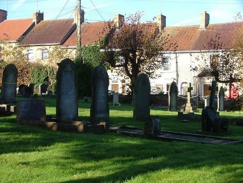 Commonwealth War Graves Paulton Cemetery