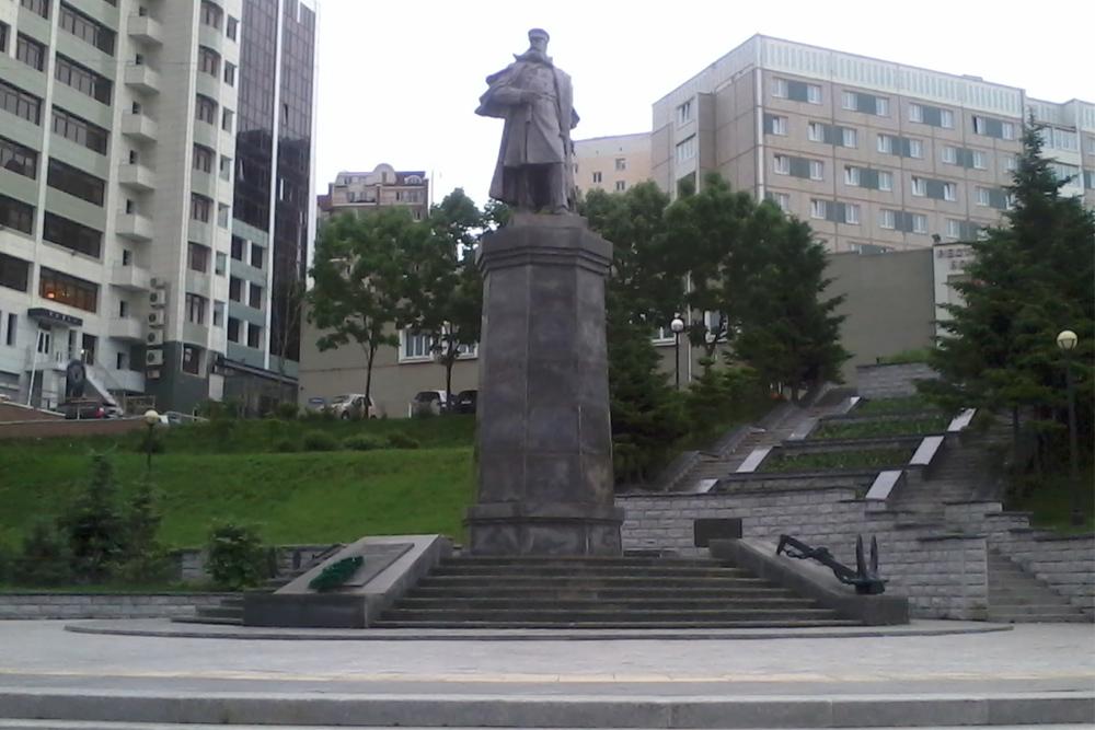 Monument Admiraal Stepan Makarov