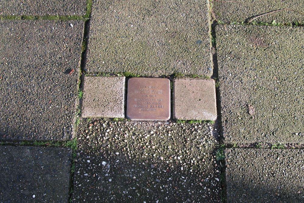 Herdenkingssteen Gerard Reijnststraat 4