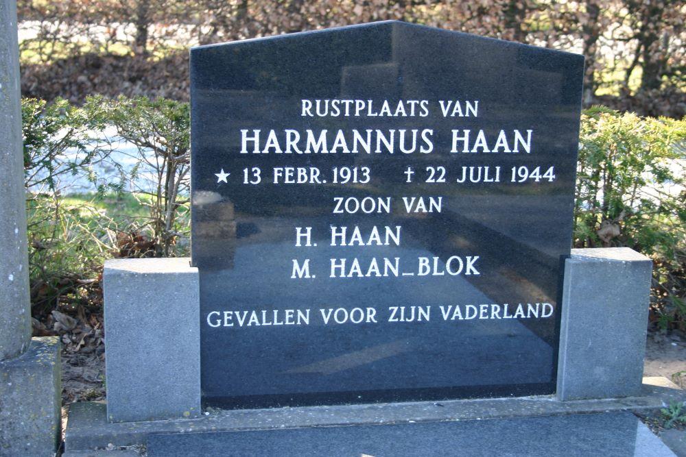 Dutch War Graves Municipal Cemetery