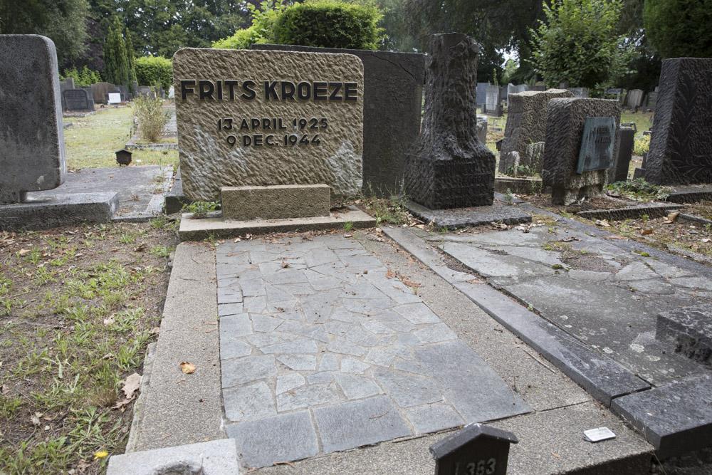Nederlandse Oorlogsgraven Gemeentelijke Begraafplaats Glanerbrug