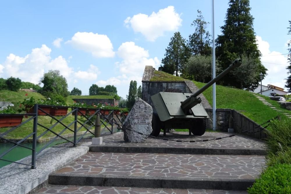War Memorial Peschiera Del Garda