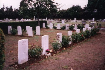Commonwealth War Graves Chelmsford Cemetery