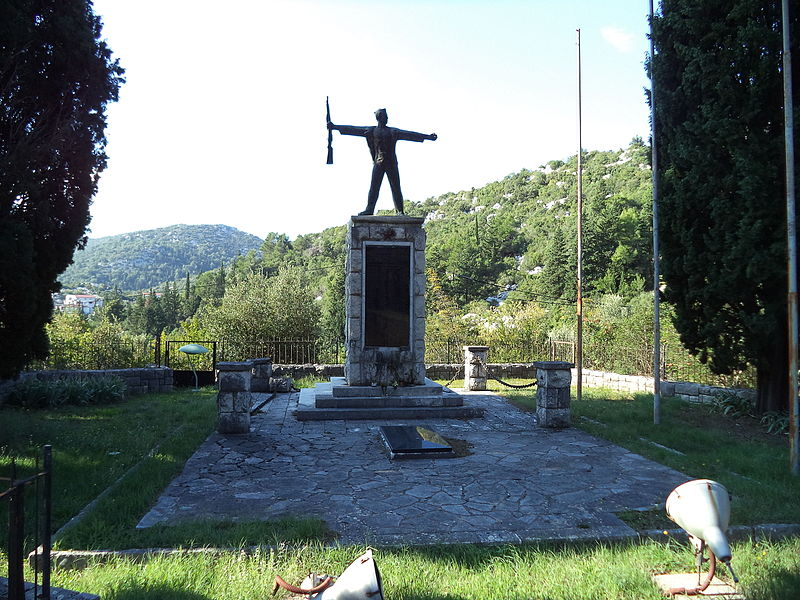 Monument Omgekomen Partizanen Baćina