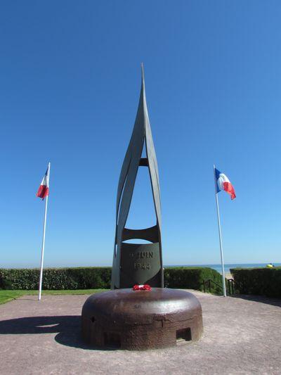 Kieffer Commandos Monument