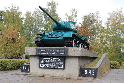 Liberation Memorial (T-34/85 Tank) Berezan