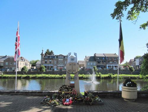 War Memorial Hotton