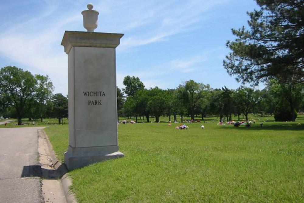 American War Grave Wichita Park