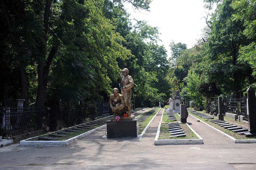 Sovjet Oorlogsgraven Tweede Christelijke Begraafplaats