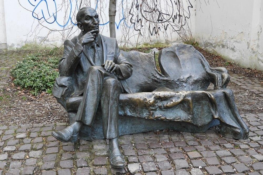 Munument Jan Karski - Kraków