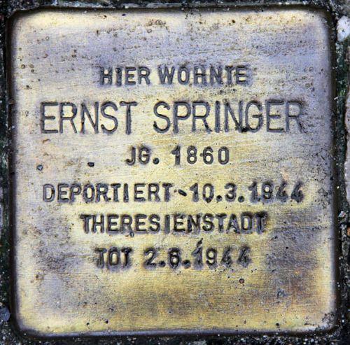 Stumbling Stone Boothstraße 33