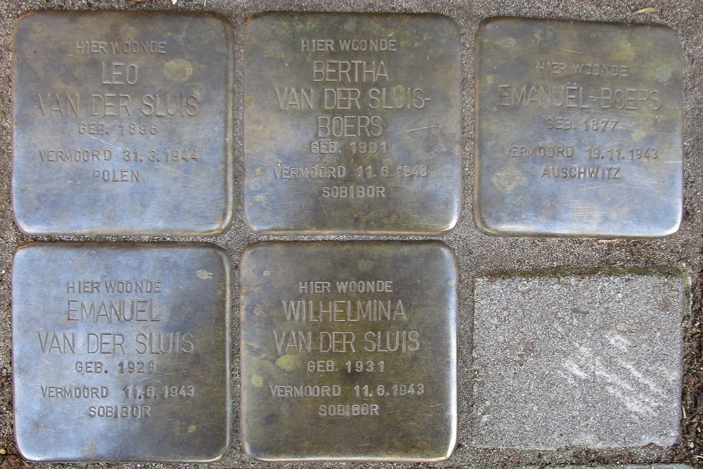 Remembrance Stones Van der Does de Willeboissingel 46