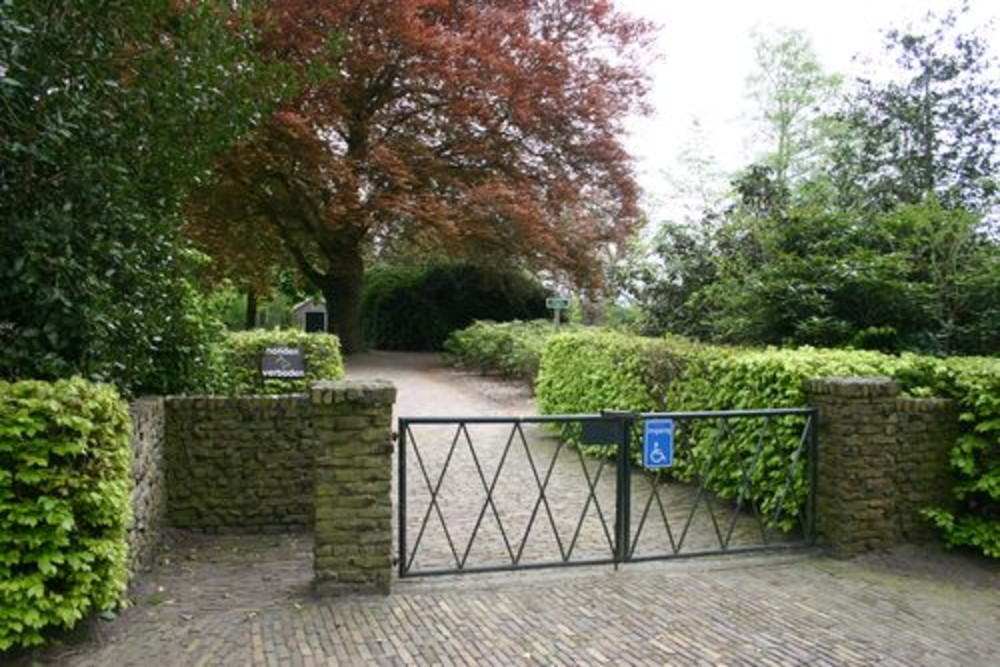 Dutch War Graves Vledder