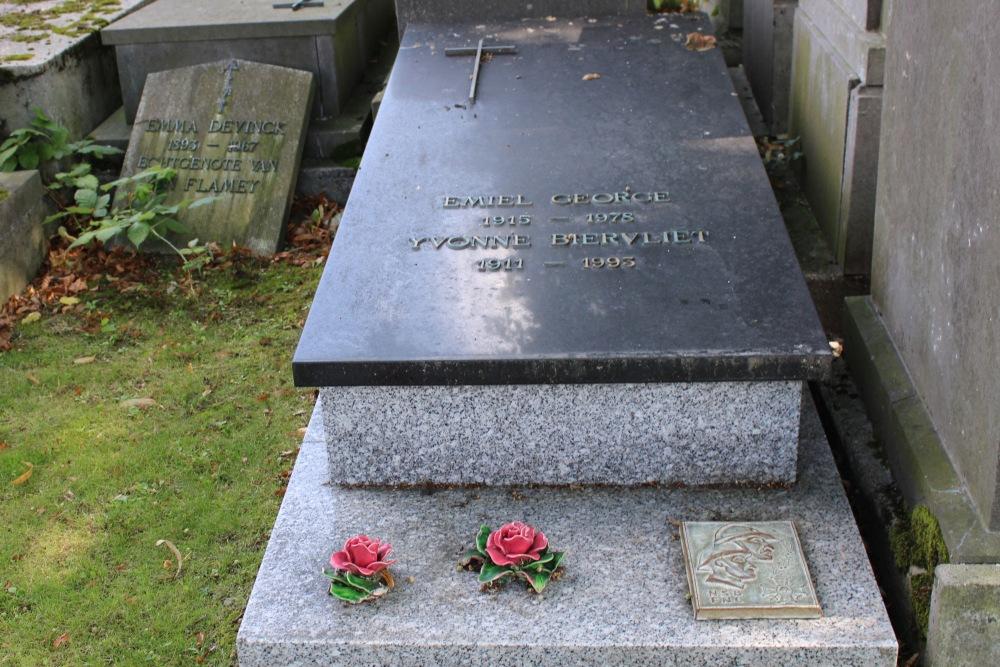 Veteran War Graves Old Cemetery Westkapelle
