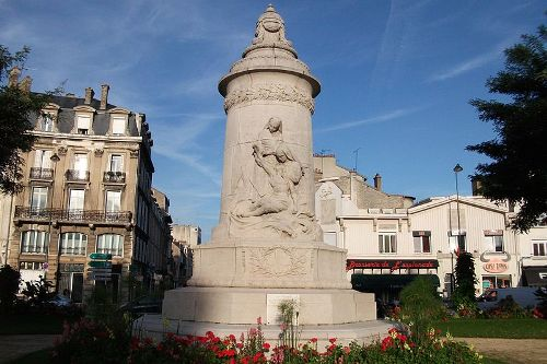 Memorial Killed Nurses Reims