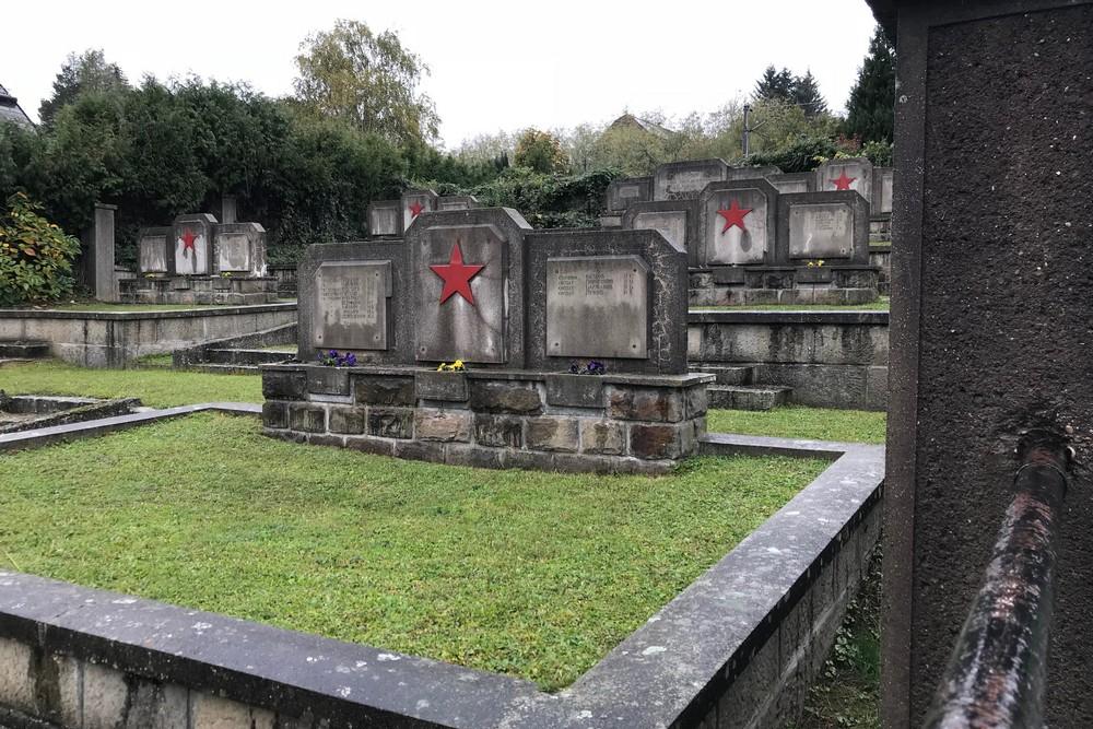 Sovjet Oorlogsbegraafplaats Pressbaum