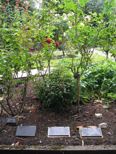 Monumenten Christchurch Bromley Crematorium