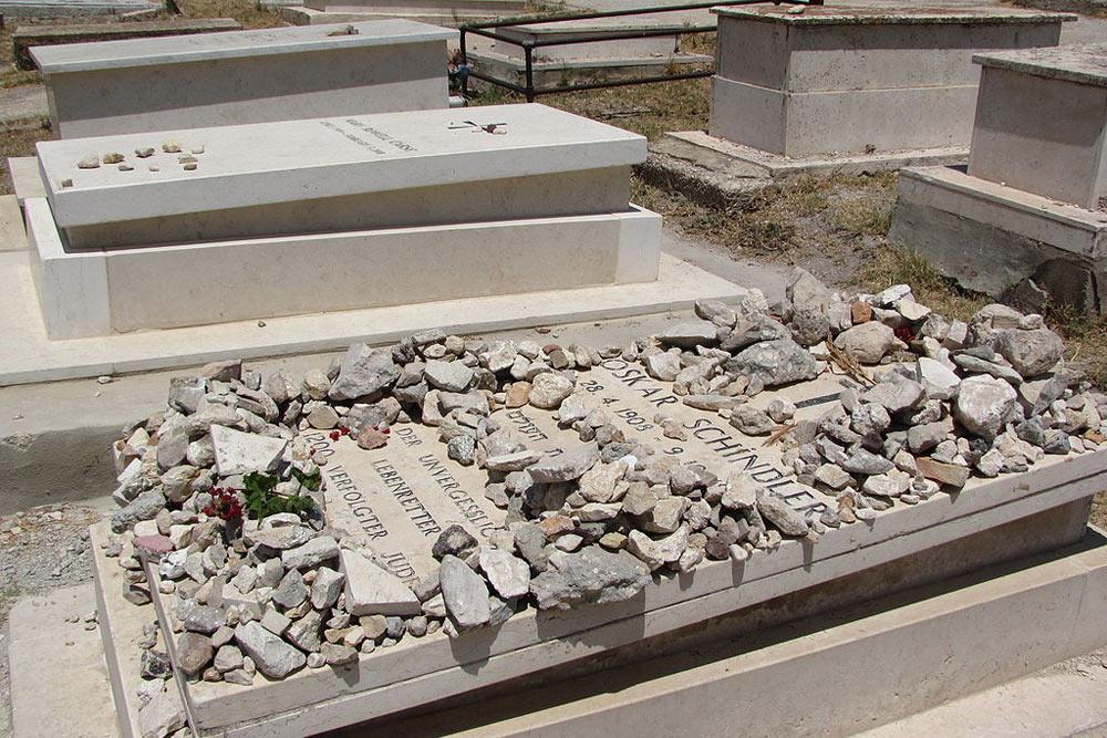 Grave Oskar Schindler