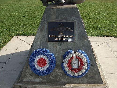 Monument RAF Hunsdon