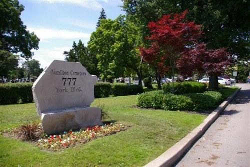 Commonwealth War Graves Hamilton Cemetery