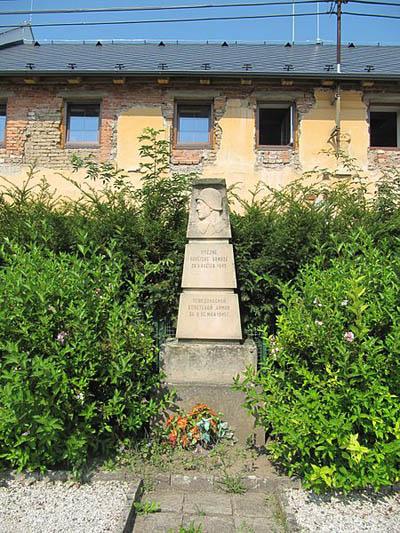 Liberation Memorial Naklo