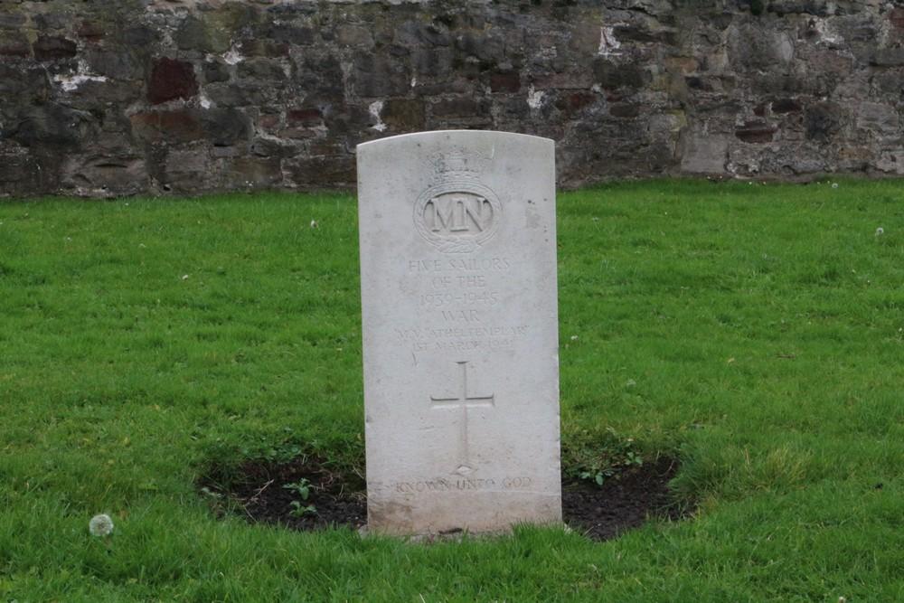 Commonwealth War Graves New Calton