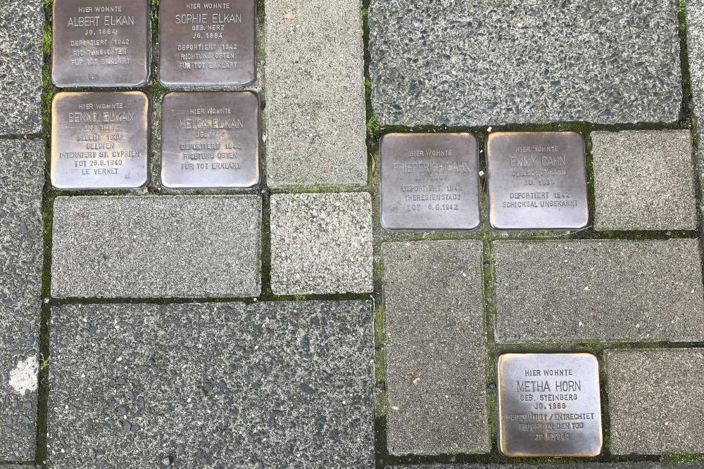 Stumbling Stones Kreuzstraße 32