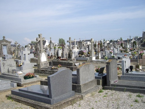 Commonwealth War Graves Sarzeau