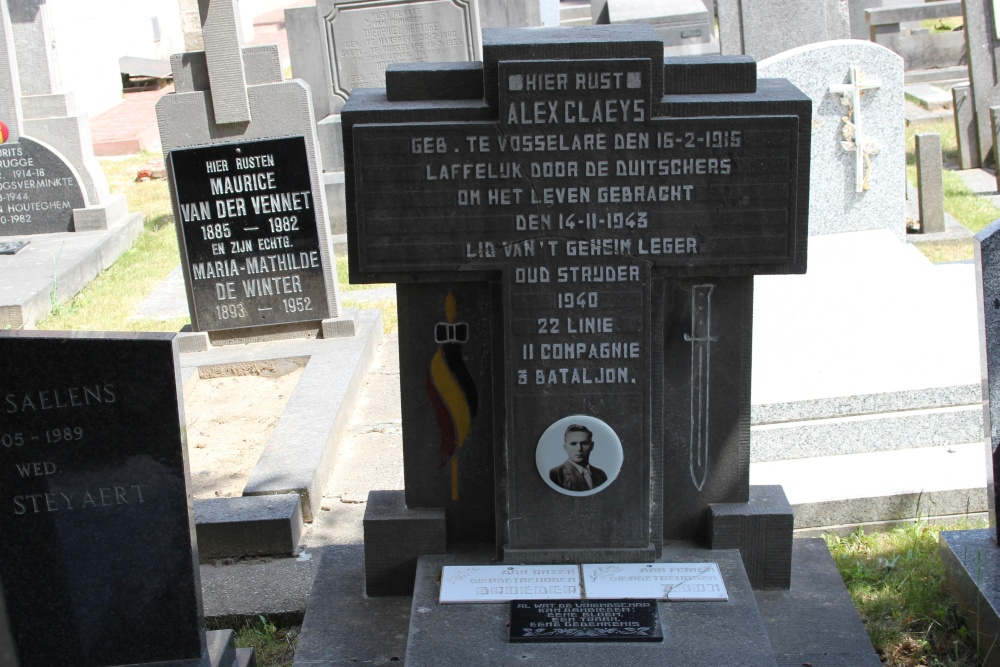 Grave Executed Resistance Fighter Vosselare