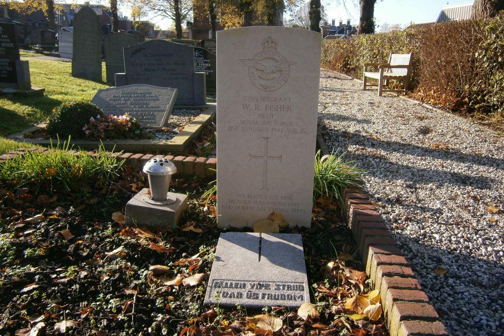 Commonwealth War Grave Dutch Reformed Cemetery Wirdum