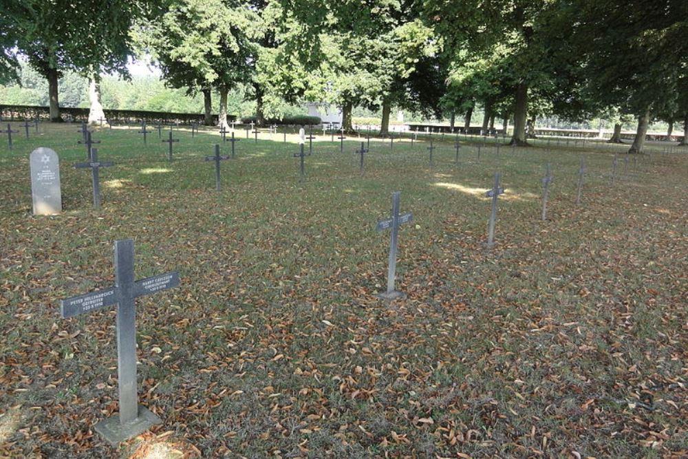 Duitse Oorlogsbegraafplaats Viry-Noureuil