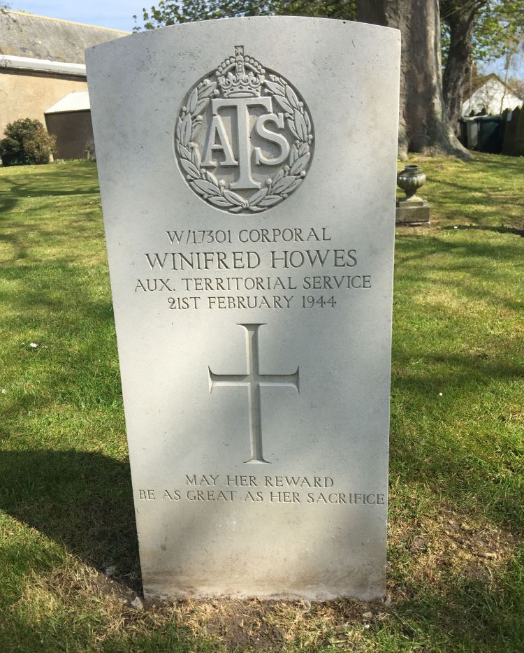 Commonwealth War Grave St. Mary Churchyard