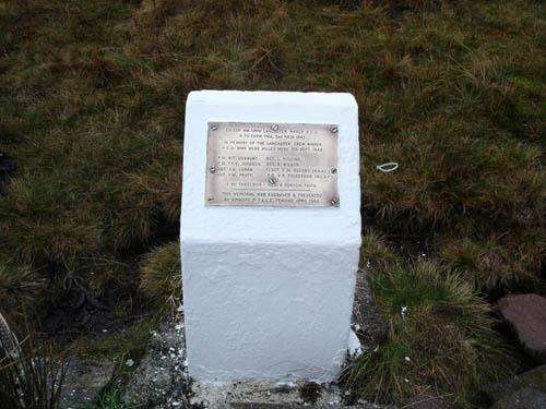 Memorial Lancaster Bomber Llywel