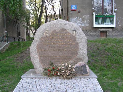 Monument Poolse Verdedigers Paleis Michlera
