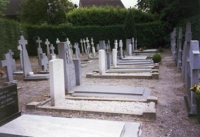 Commonwealth War Graves Odiliapeel