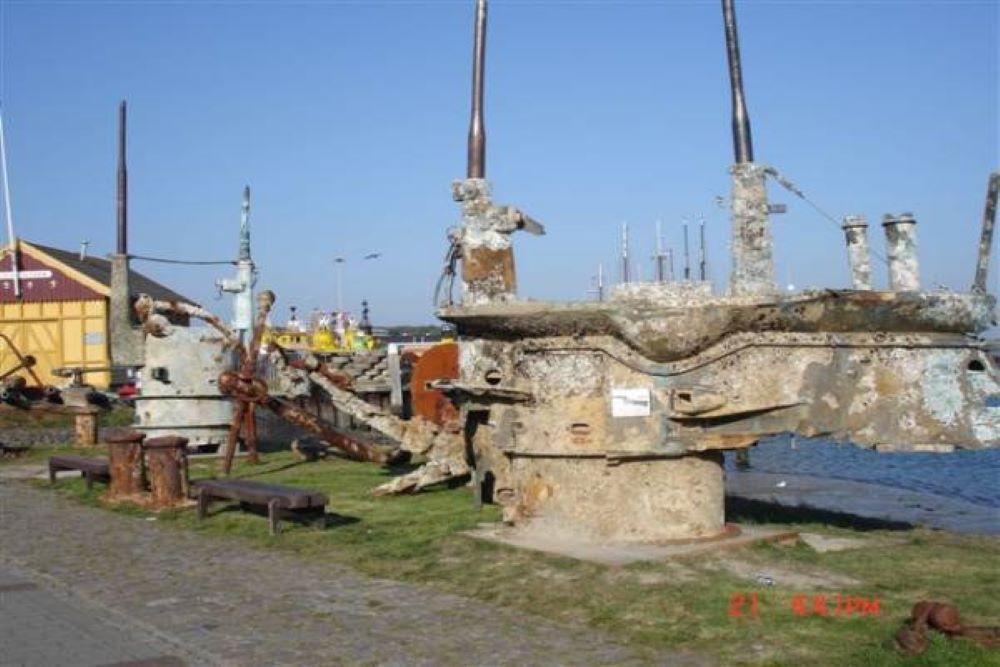 Command Tower Submarine E34