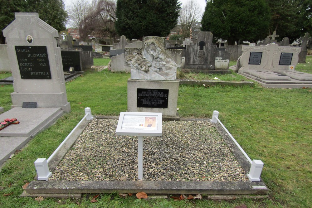 Graves War Veterans Geel