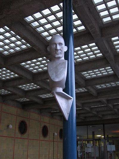 Monument Karl Plagge
