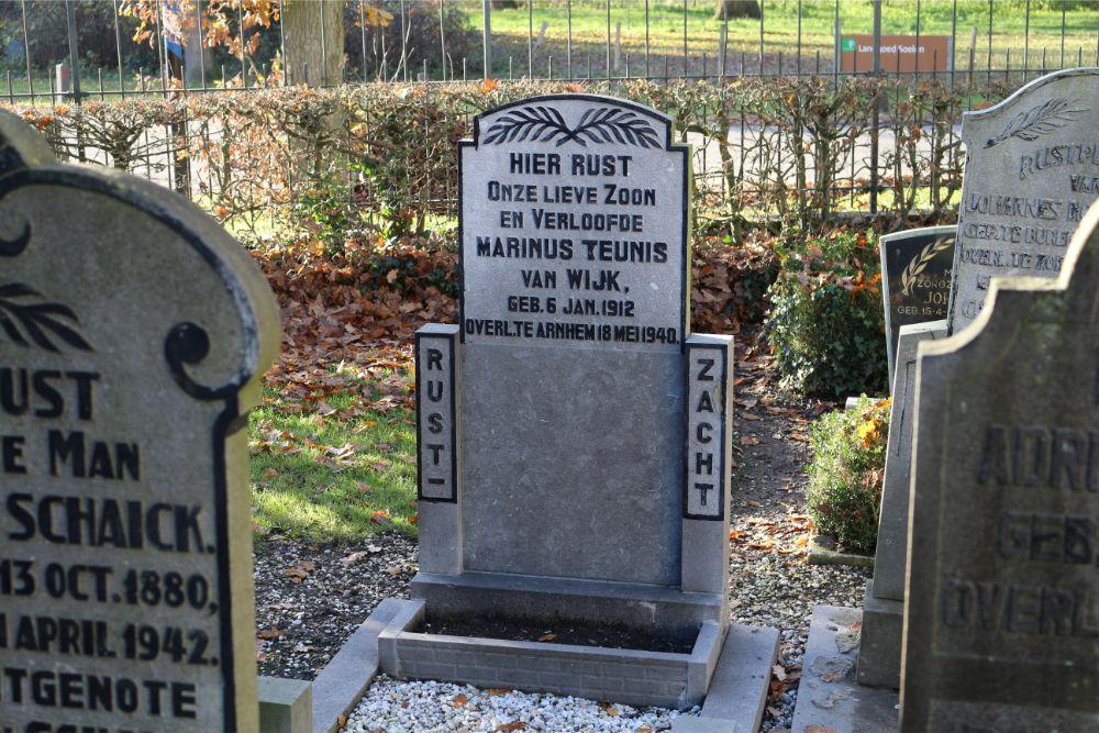Nederlandse Oorlogsgraven Hervormde Begraafplaats Zoelen