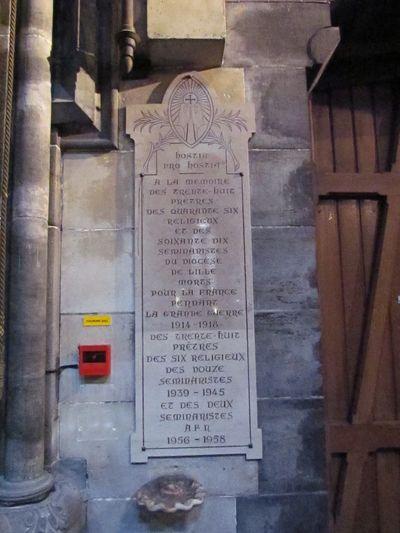 Plaquette Gestorven Geestelijken Notre-Dame de la Treille Lille