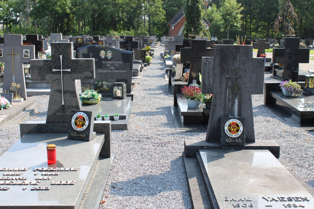 Graven Oudstrijders Begraafplaats Lindelhoeven